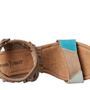Shoes - Minnetonka Suede Leather Wedge Fringe Sandal SZ 10