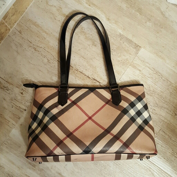2eb16b60c039 Burberry Nova Check Coated Canvas Shopper Tote