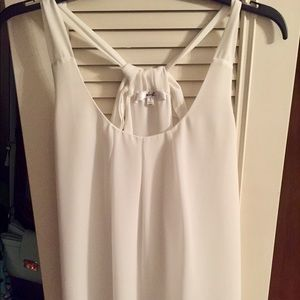 Tops - white tank with bow, never worn