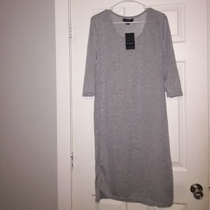 Dresses & Skirts - Tshirt fitted dress