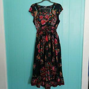 Dresses & Skirts - GUC Asian Print Silky Hi-Lo Ruffled Bottom Dress
