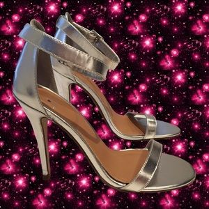 "metallic silver strappy 4"" heels - brand new!"