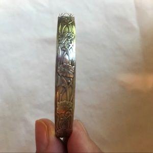 Jewelry - Sterling silver floral bracelet