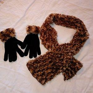 Accessories - Scarf n Glove Set