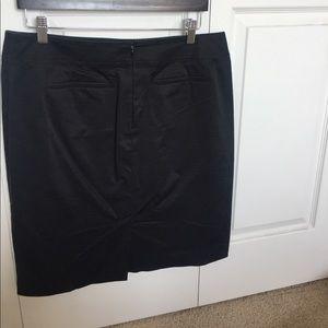 LOFT Skirts - Classic pencil skirt