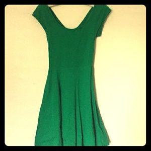 🆕*Green, Criss-Cross, Open Back Skater Dress*🆕