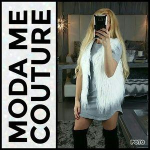 Jackets & Blazers - 💋COMING SOON💋White Faux fur vest