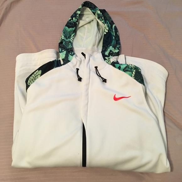 Nike Kobe Emerge Hyper Elite Hoodie