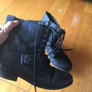 Black lace up booties with zipper 6.5 Nine West