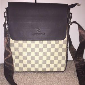 White Leather Louis Vuitton Cross Body Bag