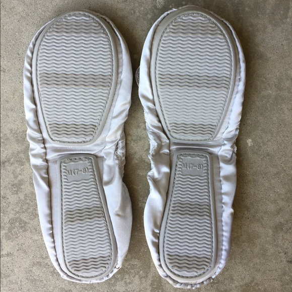 Dr. Scholl's Shoes - Dr Scholl's Silver Fast Flats Size 7-8