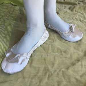 Dr Scholl's Silver Fast Flats Size 7-8