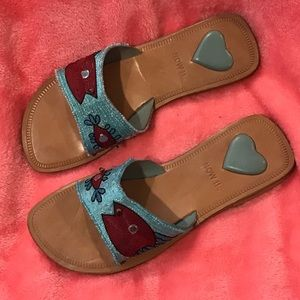 NWT Neiman Marcus Leather Fish Sandals