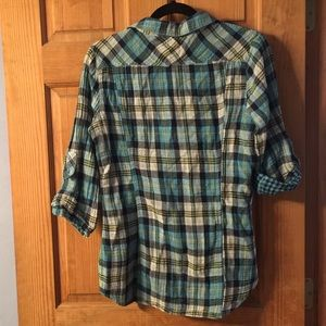 Derek Heart Tops - Plaid button up shirt