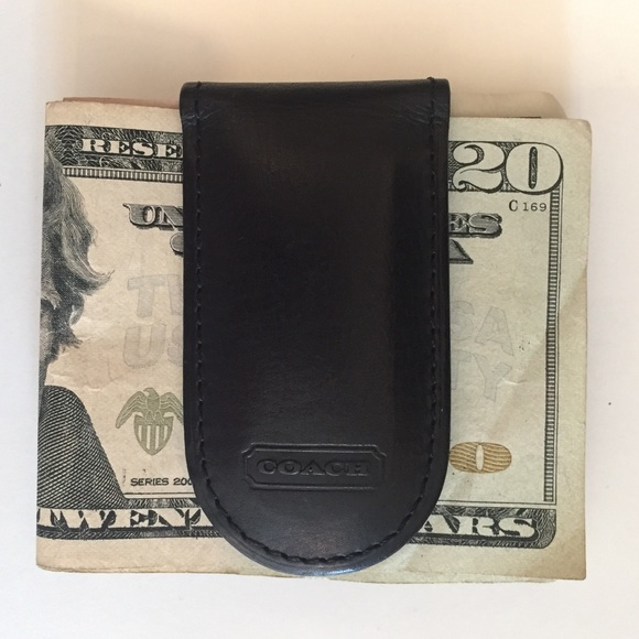 a346f0e9cb 💰Coach Bleecker Legacy Black Leather Money Clip💲