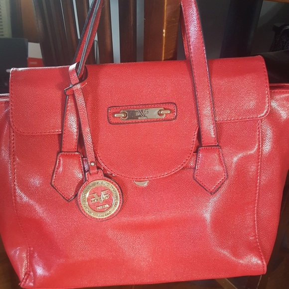 e7dea02cf6c0 VERSACE 19.69 abbigliamento sportivo SRL red purse.  M 5998b0504225bec50d0838b9