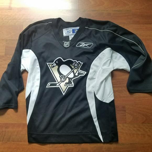 b7e1d69cabb Reebok NHL Penguins Jersey Mens Size Small. M_5998b1e2bf6df5bc44080b9e