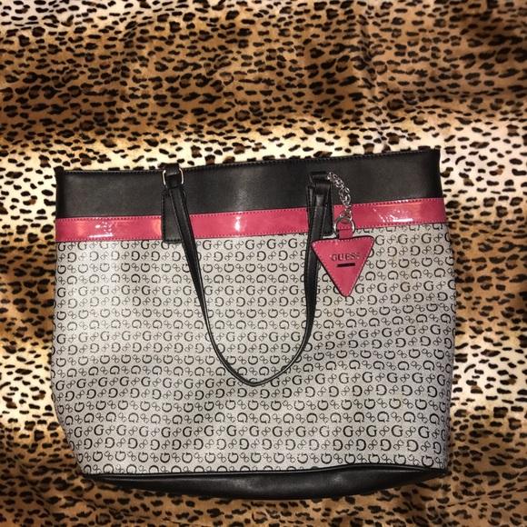 4bb0740a0b Guess Handbags - Guess tote bag black ref gray Gs purse