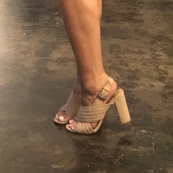 Tony Bianco - comfy Kaylie Heel Sandals - 7. M 5998d6c52599fede5808d48e