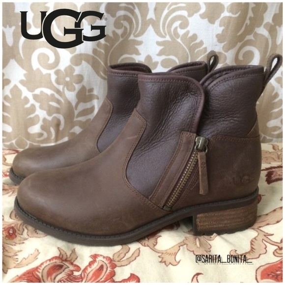 f04c8a2f382 New! UGG Ankle boot side zip Lavelle stout brown 7 NWT