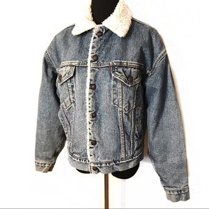 Vintage Levis Shearling Lined Denim jacket