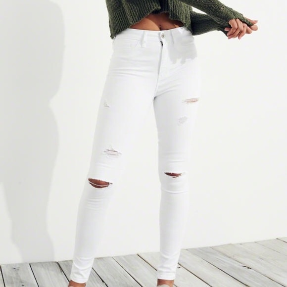 a07bb1f38 Hollister Jeans   Nwt Ripped High Rise White   Poshmark