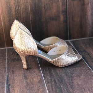 Champagne Glitter Gold Low Heel Pump