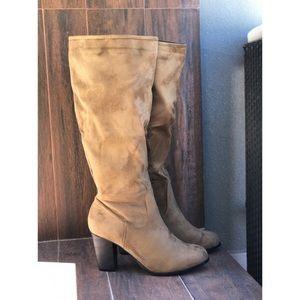 NIB Tan Knee High Block Heel Boots