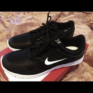 Shoes - Nike shoe - New