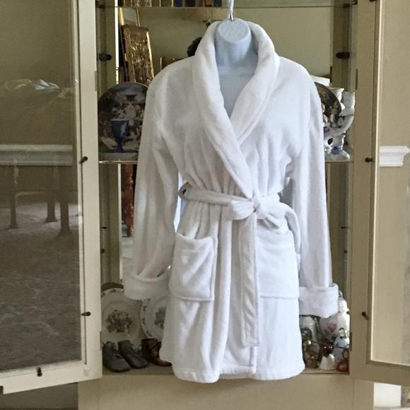 f33247136c8a Sonoma Intimates & Sleepwear | Life Style Intimates White Plush Robe ...