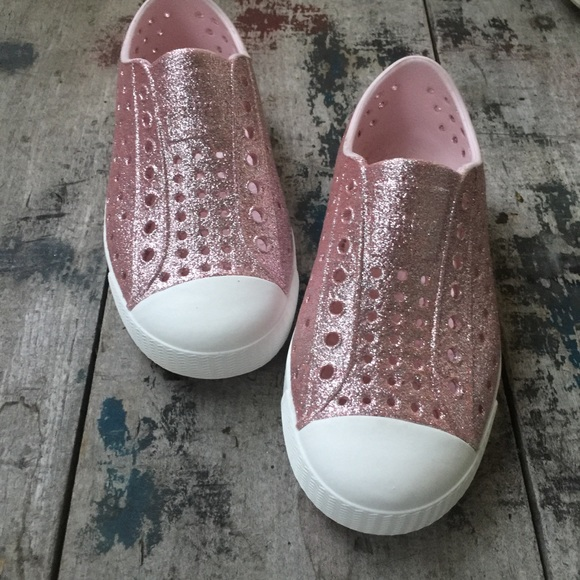 Native Pink Sparkle Sneakers Kids Sz 1c