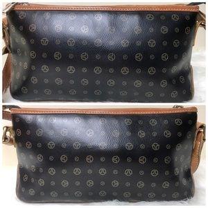 3609c6e46135 TERGAN Bags - TERGAN Signature Leather Shoulder Bag