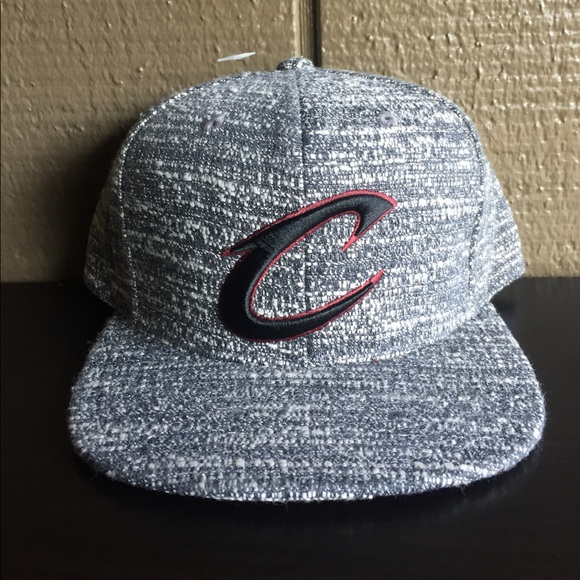 Mitchell   Ness Grey Noise Cleveland Cavaliers Hat b913582c5