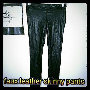 Donating today Vegan leather leggings!