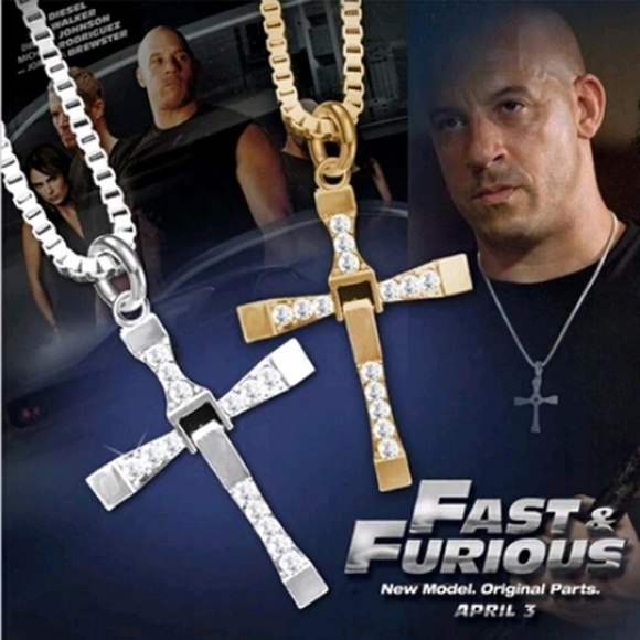 fbcff5286fd82 Fast and Furious Dominic Toretto cross necklace pe Boutique