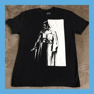 Other - 🎉HP🎉 🖤 {Star Wars} NWOT Men's T-shirt 🖤