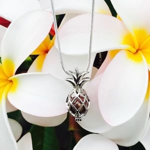 Jewelry - Akoya Saltwater Oyster & Pineapple Necklace