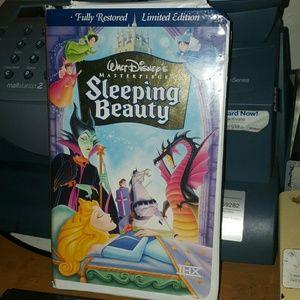 Other - Walt Disney sleeping Beauty vhs tape pre_owned