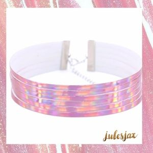 Jewelry - Multi layer holographic choker necklace