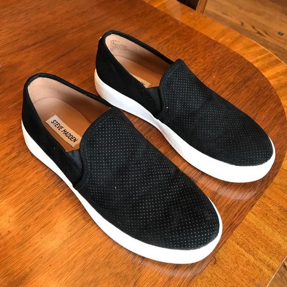 a8e91426b42 Steve Madden black Gracy sneakers. M 5999b3aabcd4a715940b8a9a