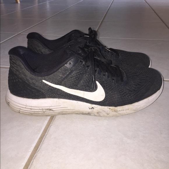 finest selection e8664 73dcb Nike Lunarglide 8 Size 9
