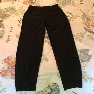 Black WHBM cropped pants 0R