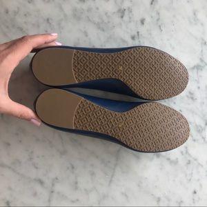 3790deb33ee Tory Burch Shoes - NWT Tory Burch Navy Gold Reva SZ 7