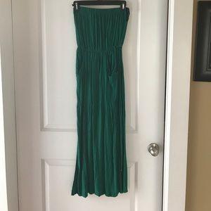 Worn once hunter green maxi dress