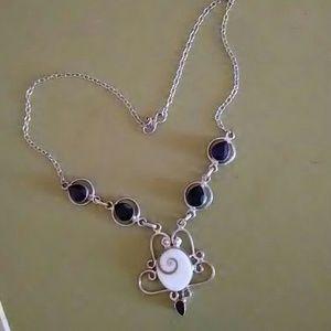 Jewelry - Multi stone silver necklace