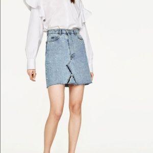 5a0dced658 Zara Skirts - NEW Zara Denim Jean Skirt With Pearl Details