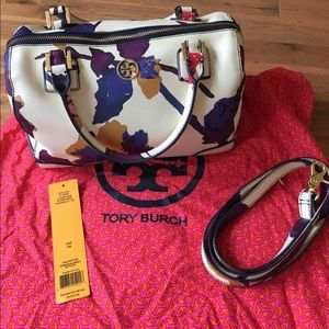 Tory butch Robinson middy satchel in alpine snow