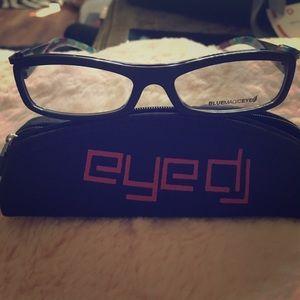 eye DC