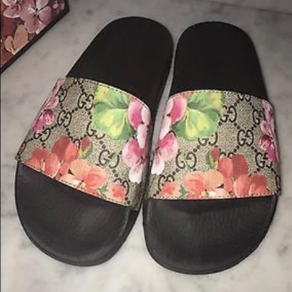 cca89dc41 Gucci Shoes - GG Blooms Supreme Slides