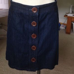 Boden large button skirt,UK Sz 12R- I think a US4